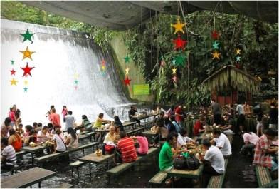 labassin-waterfall-restaurant-philippines-3