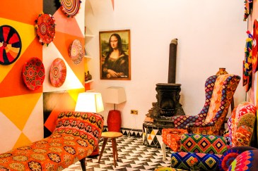 Eclectic mix of patterns, tiles and even the Mona Lisa! http://salutmaroc.com