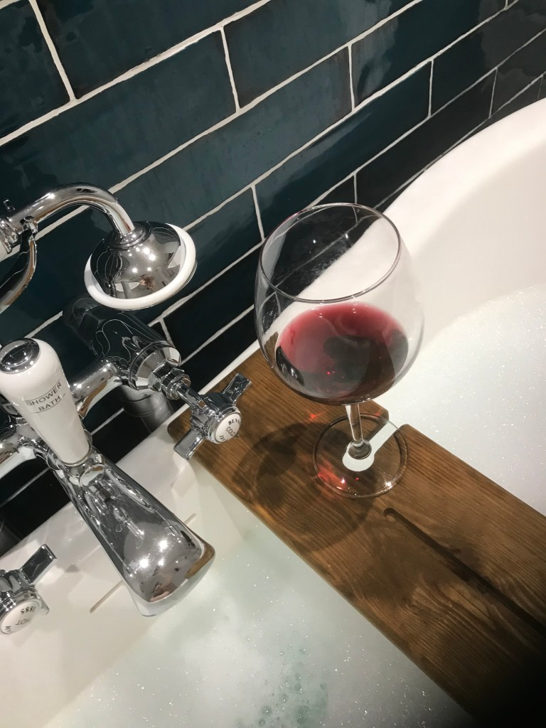 Wine-bubble-bath-violet-skies