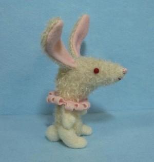 White_rabbit_4