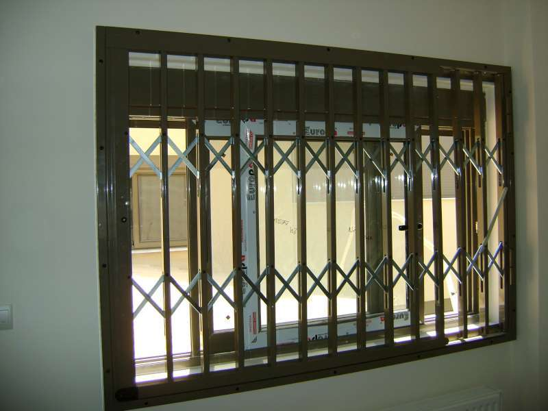 Folding safety from galvanized steel, aluminum coated Type-100