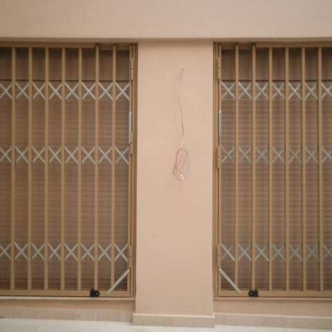 Πτυσσόμενη πόρτα ασφαλείας στη Νέα Πεντέλη
