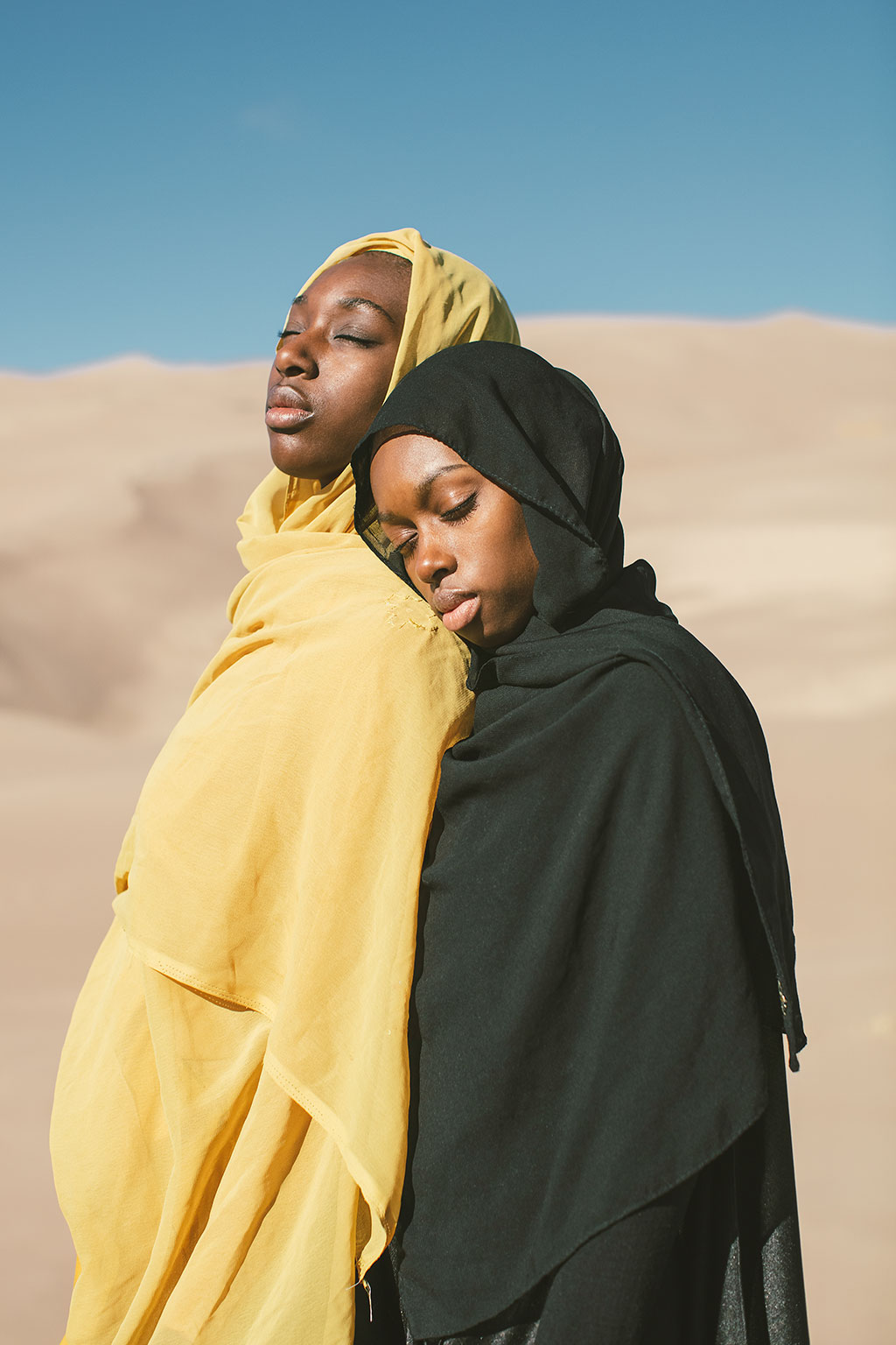 May-Fresh-New-Images-Offset-Two-Girls-in-Desert