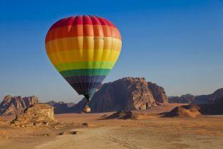 Ein unvergessliches Erlebnis bleibt eine Ballonfahrt über der Wüste