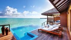 Blick von der eignen Villa auf den Indischen Ozean