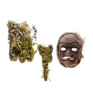Lot #22 – Vikings Production Worn Ritual Mask  & Headpiece