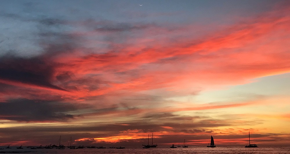 Tamarindo sunset catamaran tour