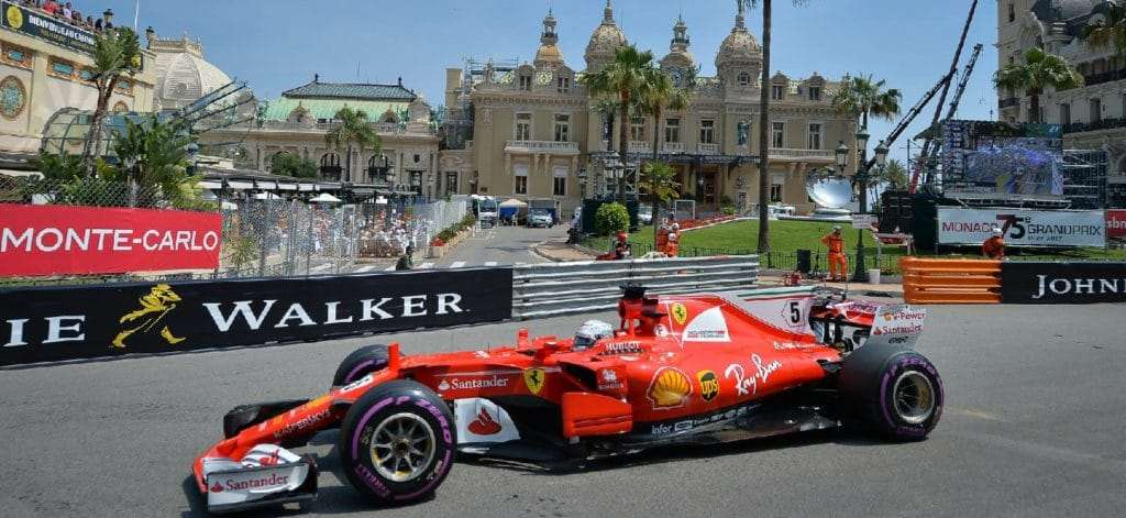 Transfer Nice airport to Monaco: Formula1 car Ferrari in front of the Monaco casino