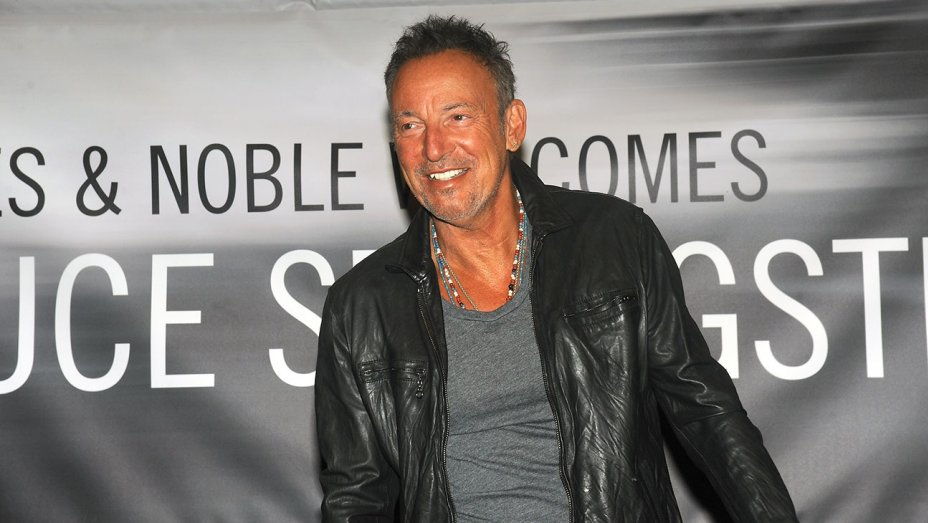 Bruce Springsteen Rescued by Veterans on Veterans Day After Motorcycle Breaks Down
