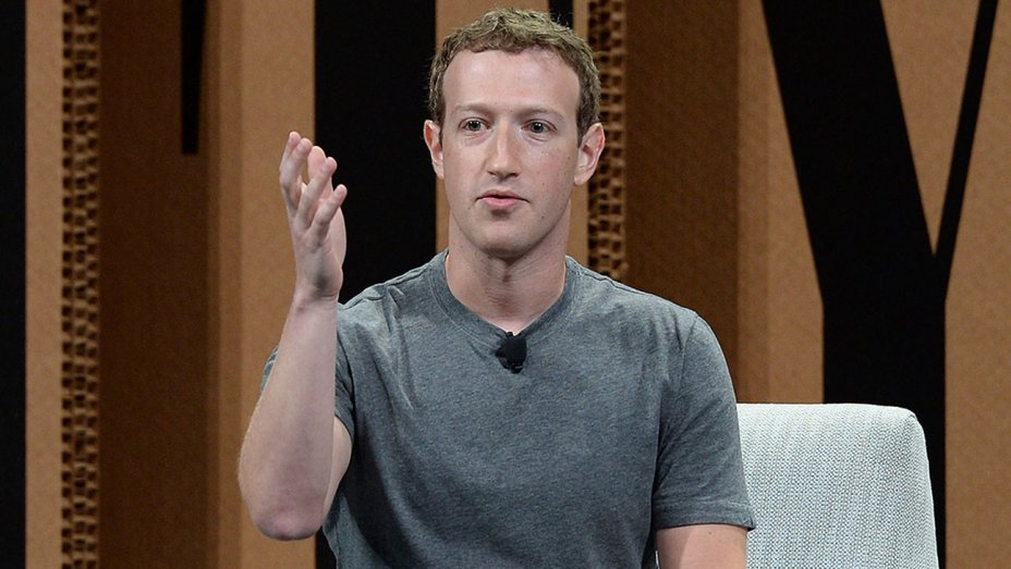 """Mark Zuckerberg Says It's """"Crazy"""" to Think Facebook Influenced the Election"""