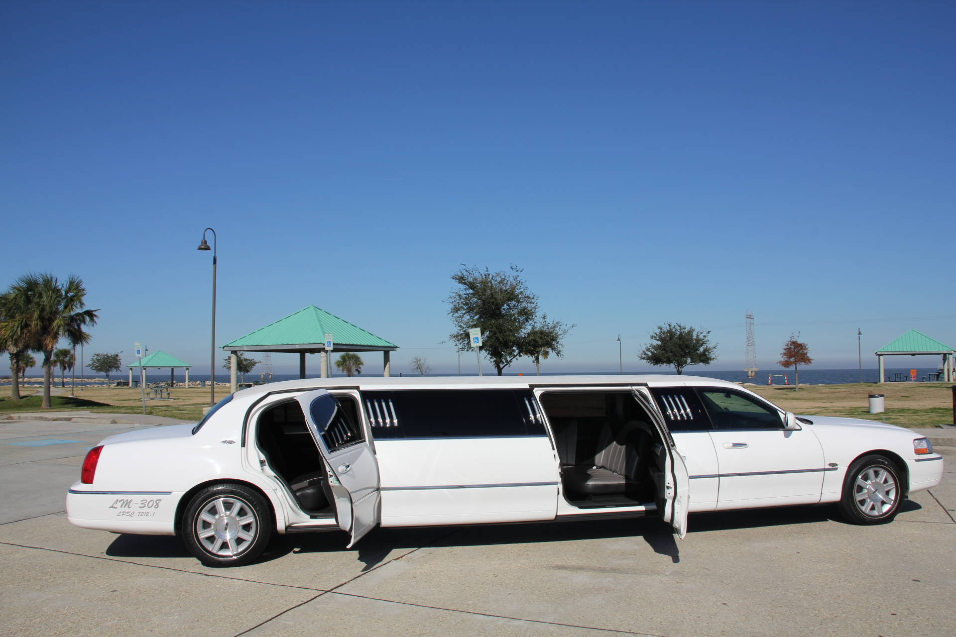 5th door new orleans limo