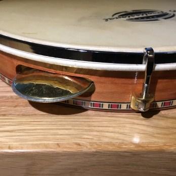 O Profissional 10″ pandeiro, wood, skin head, flat rim, adjustable brass jingles