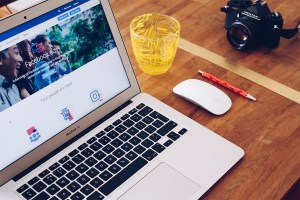 Tackle marketing on Facebook, Instagram, and more with this course bundle