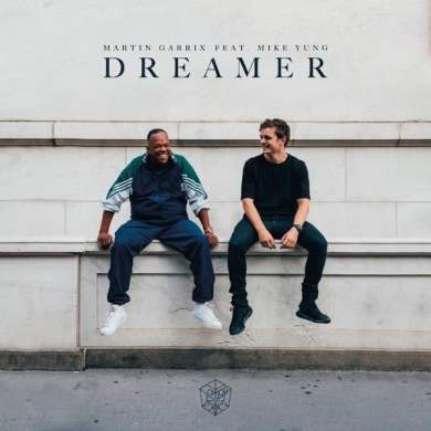 "Martin Garrix & Mike Yung releases ""Dreamer"""