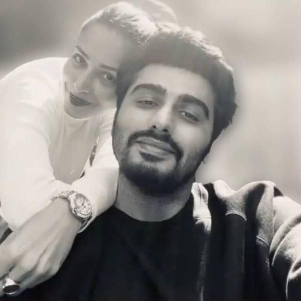 Malaika Arora Arjun Kapoor cute selfie
