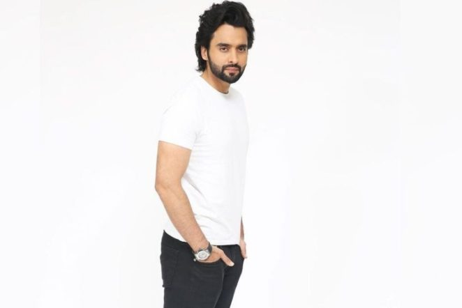 Jackky Bhagnani accused by model of Rape and Molestation