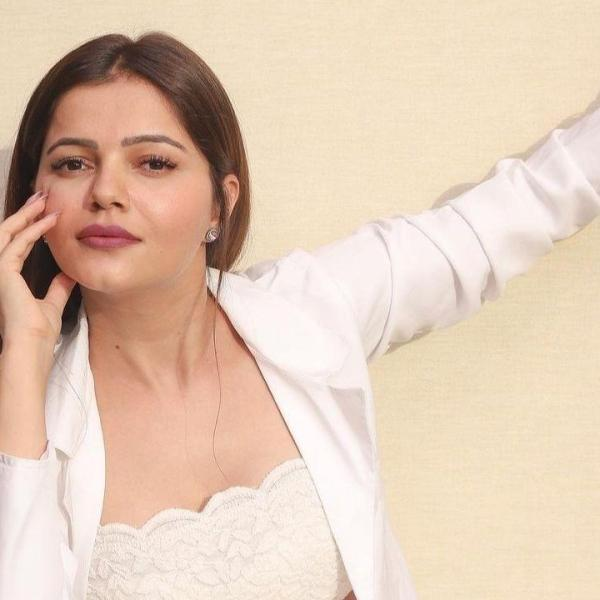 Rubina Dilaik slays in white outfit kissed by sun , Instagram Followers