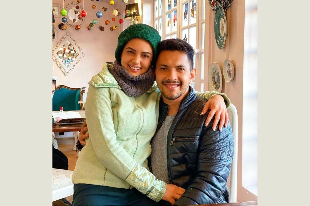 Aditya Narayan And Shweta Agarwal Expecting Their First Child? Here's What Indian Idol 12 Host Has To Say