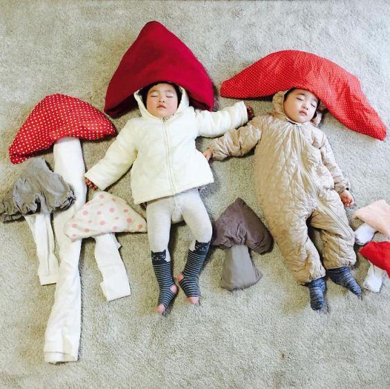 sleeping-japanese-twins-mom-dress-up-kids-photography-ayumiichi-1-57df9d115d312__700