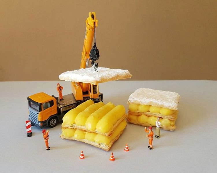 3-construction-vehicle-lifting-yummy-food