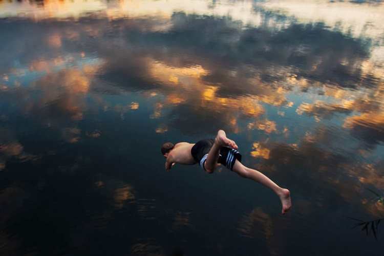 Boy Dived into Water