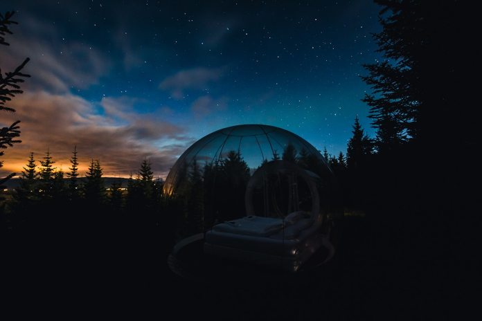 You Can Sleep Under the Northern Lights in This Outdoor Bubble-Shaped Hotel