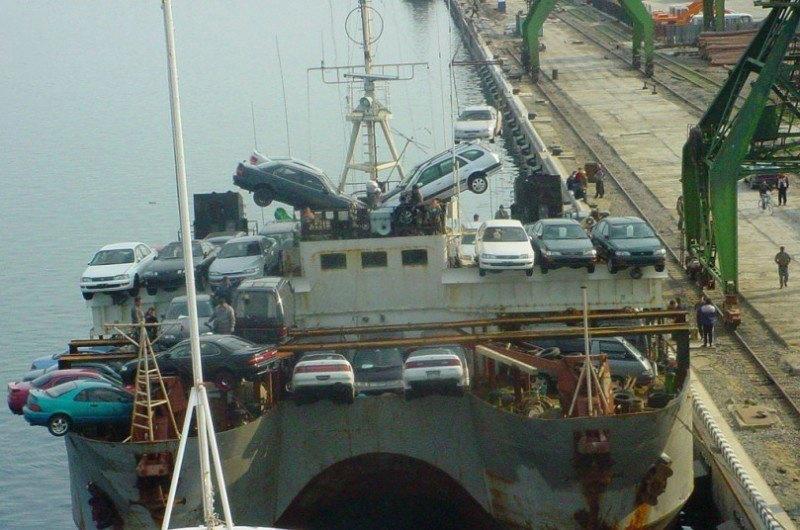 Auto's op een schip