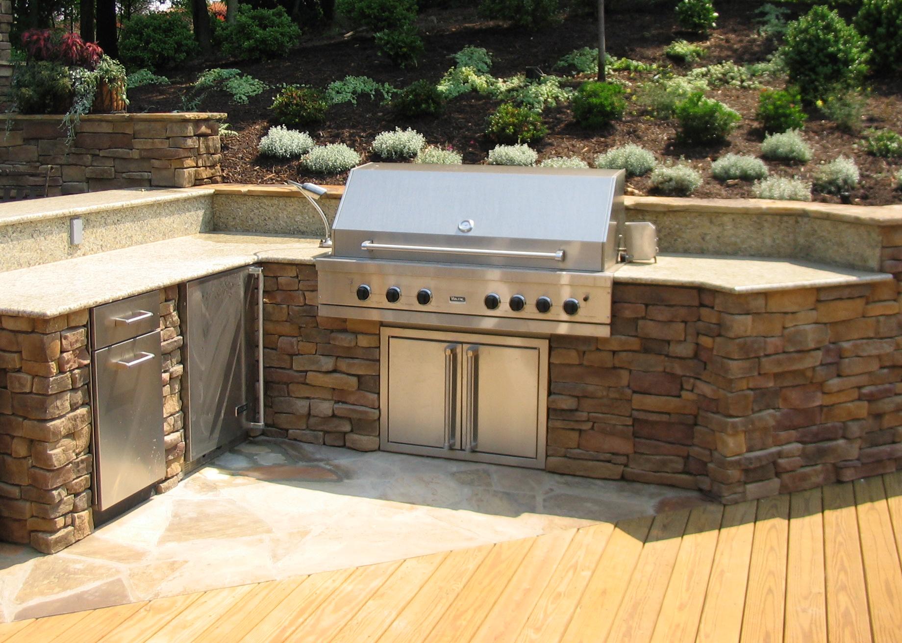 Designing an Outdoor Kitchen  Revolutionary Gardens