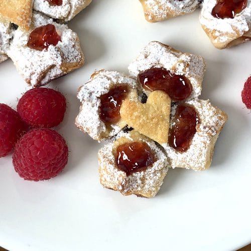 Read more about the article Valentine's Day Dark Chocolate Raspberry Pastry Flowers