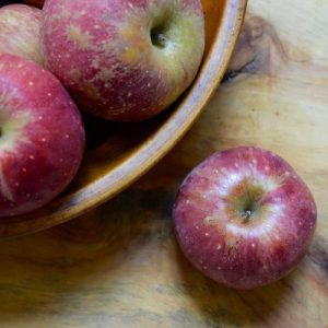 Read more about the article APPLE RECIPES! Slab Apple Pie with a Cheddar Crust, Oat Pecan Apple Crisp, & Pork with Apples