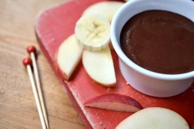 Skinny Chocolate Dipping Sauce