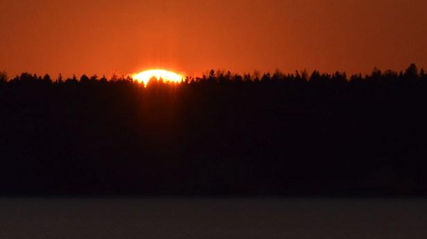 Aurinko menee maillensa (c) Timo Nuoranen