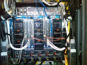 A quick look at server vs traditional blade vs UCS wiring – VIJAY SWAMI