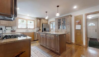 Single Family Home in Carol Stream, IL 3D Model