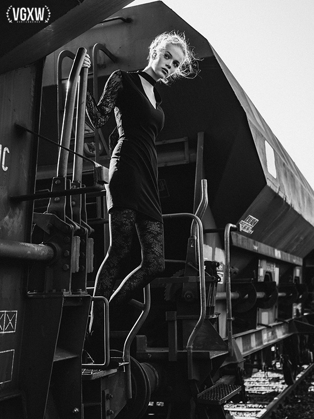 Katharina @ Mega Model Agency by Holger Nitschke for VGXW Magazine - Railway | Fashion Editorial