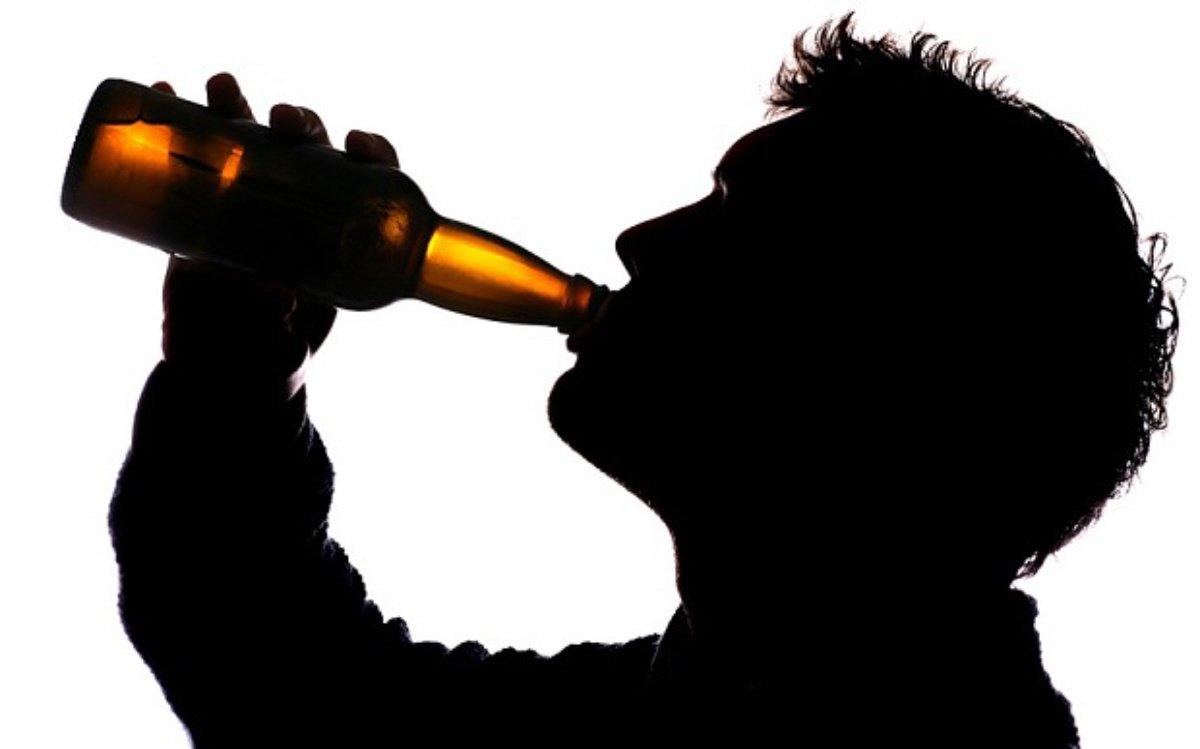 Πόσο είναι το... «πολύ» αλκοόλ σε κάθε χώρα;