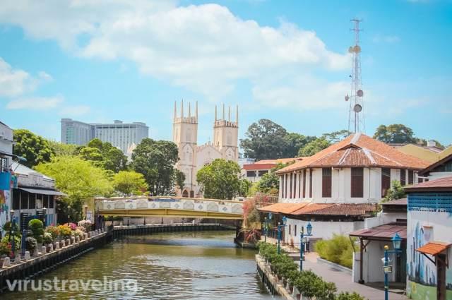 Tempat Wisata di Melaka Malaysia: St. Francis Xavier