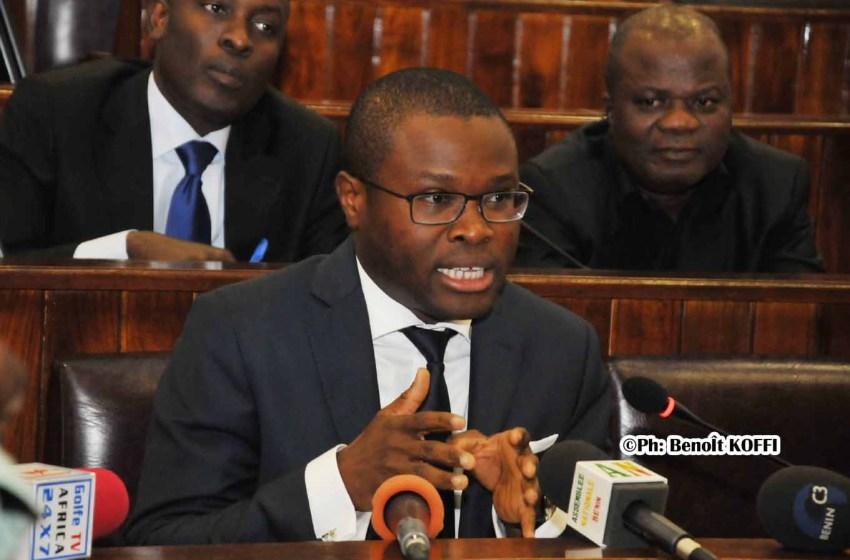 Assemblée nationale: Le Ministre WADAGNI présente pour les grandes lignes du projet de loi des finances 2021 à la Commission budgétaire