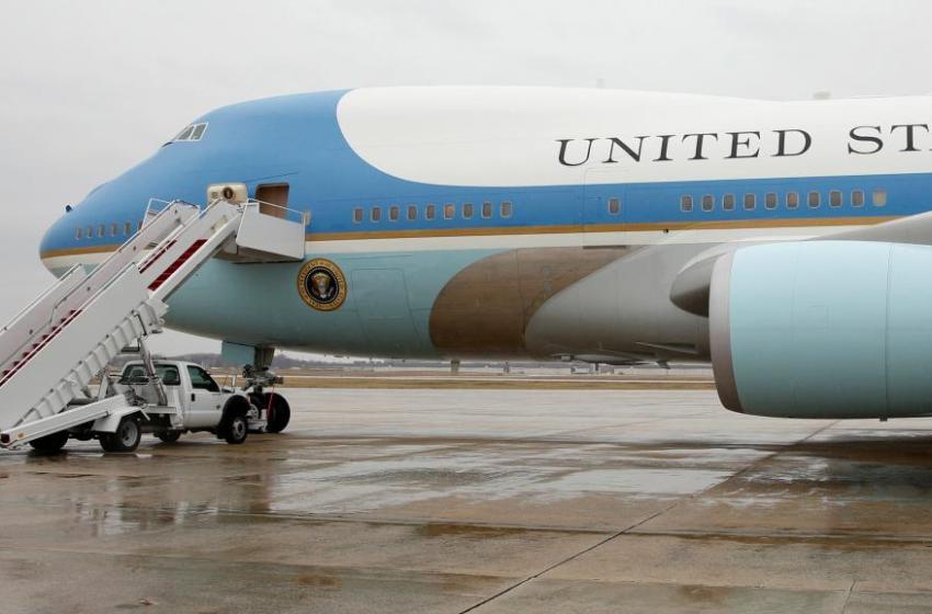 Etats-Unis: Trump veut annuler le contrat Air Force One
