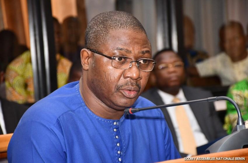 Remise de Cartes des Membres du Parti Up/Ouémé: L'honorable Augustin Ahouanvoébla apporte les précisions utiles