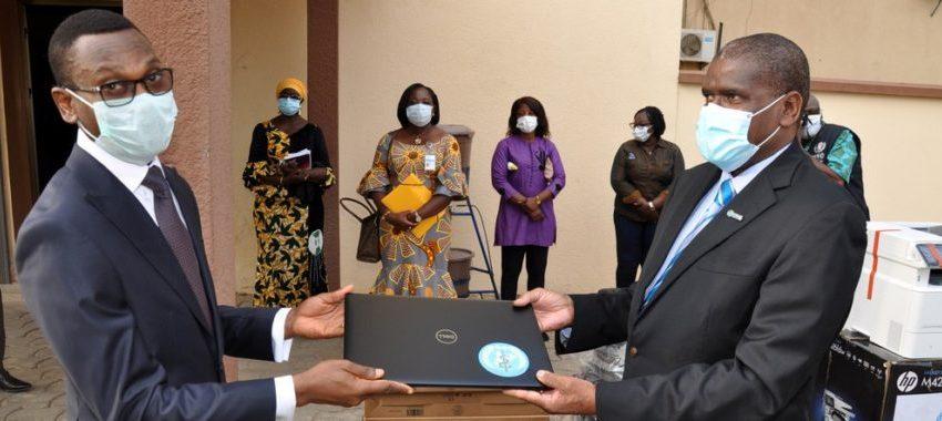 Lutte contre la Covid-19 au Bénin: 235 809 203 F Cfa d'équipements offerts par l'Oms