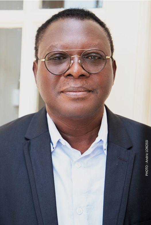 Décès du Chargé de Mission Edmond Zinsou: Une délégation du Cabinet du Président de l'Assemblée nationale au domicile du défunt