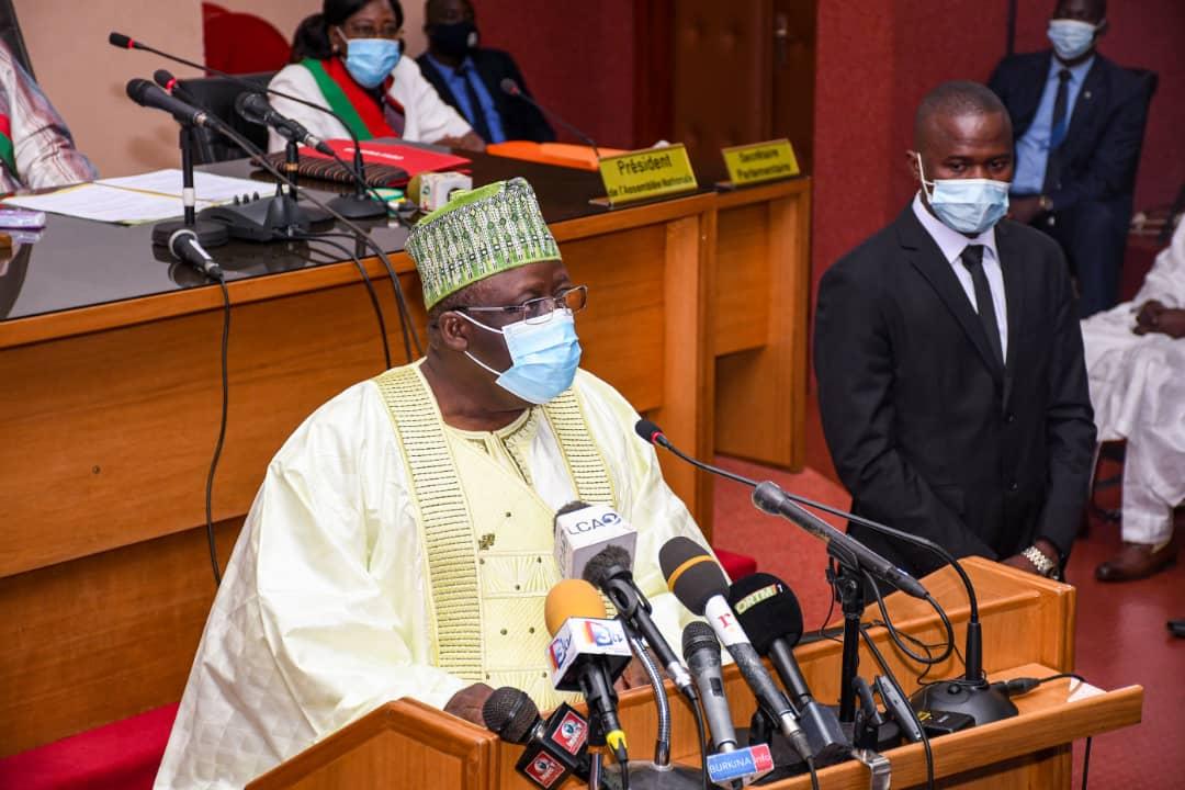 Le président Vlavonou à l'ouverture de la 1ère session ordinaire du Parlement Burkinabè : «L'enjeu aujourd'hui est de faire du Bénin une démocratie plus forte»