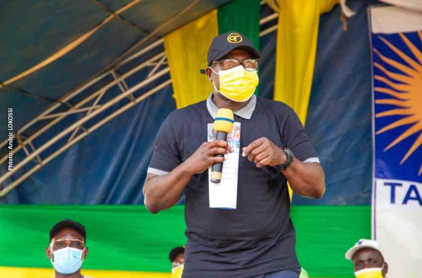 Présidentielles 2021: Augustin Ahouanvoébla envoie les équipes de campagne d'Arrondissements d'Avrankou en mission pour la victoire du duo Talon-Talata