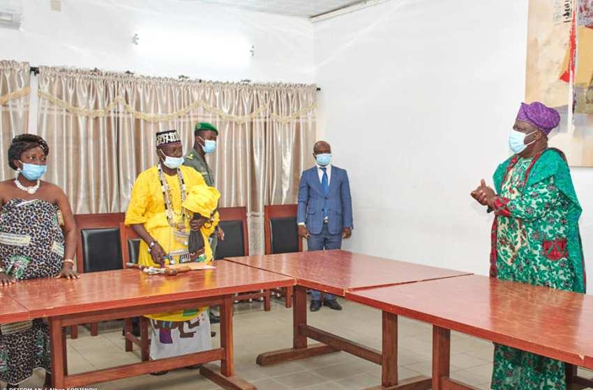 Assemblée Nationale : Sa majesté Adandozan Ayadokoun Gbèdonoukon Xèmakoun Atindjozin au cabinet du Président Vlavonou