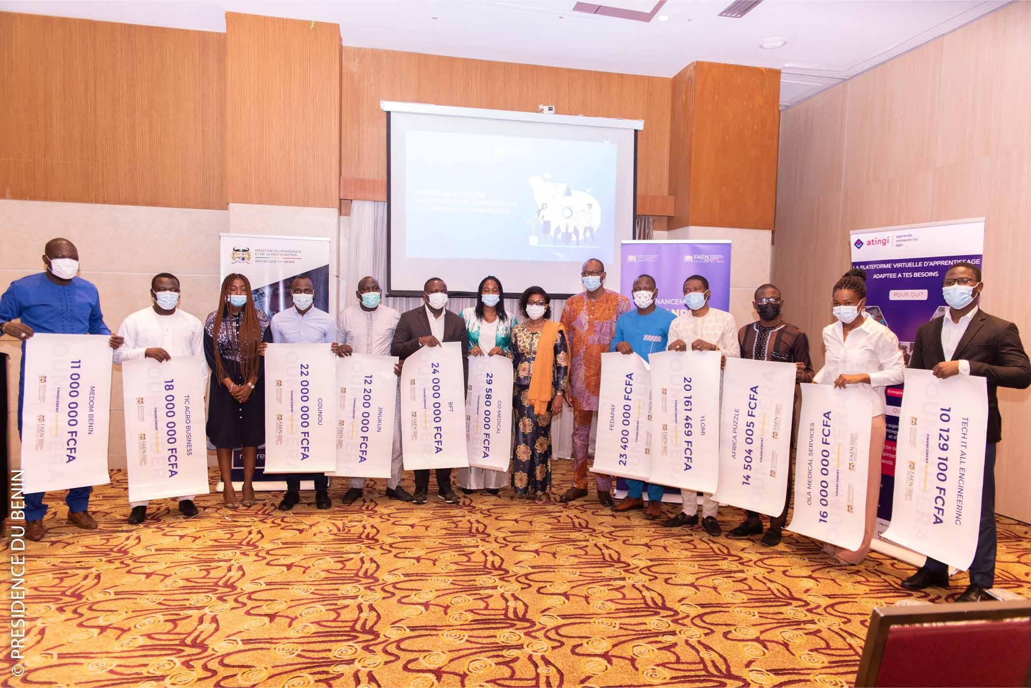 Bénin / Entrepreneuriat Numérique : Des chèques de 10 à 29 Millions de frs Cfa pour 11 startups lauréates du financement OUMANDERA