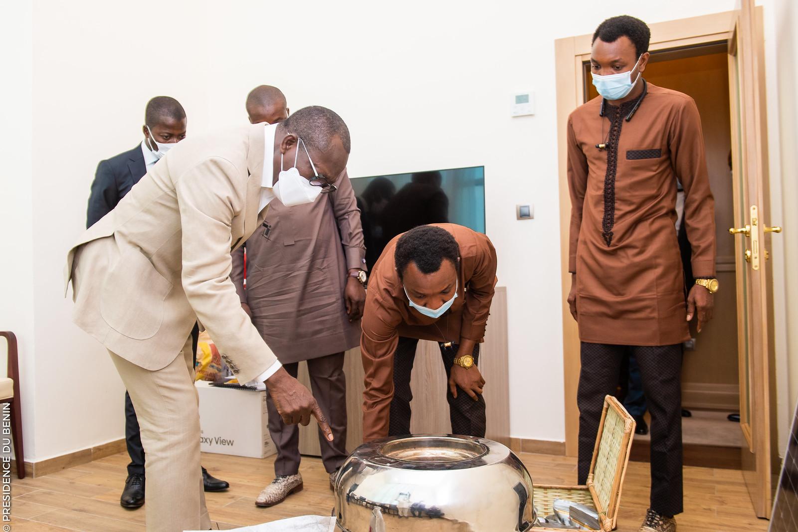 Bénin: Le Président Talon s'engage pour l'installation d'une usine de fabrication des foyers écologiques Ecocooker de Atingan Solutions