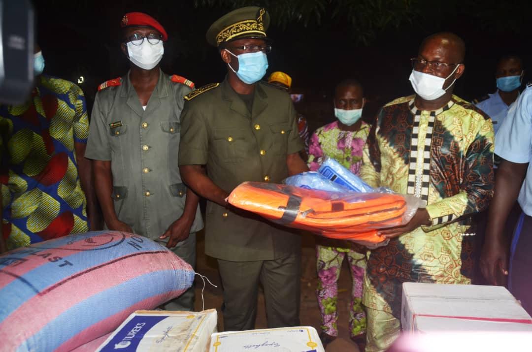 #Bénin/ Assistance humanitaire du gouvernement Talon: 70 000 sinistrés des inondations retrouvent le sourire