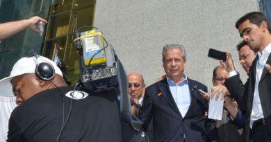 STF mantém liberdade concedida a José Dirceu