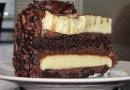 Bolo Mousse de Dois Chocolates